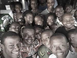 Le super selfie de famille lors de l'AG constitutive de l'Association de Blogueurs du Bénin. Dommage tout le monde ne pouvait pas y figurer à la fois